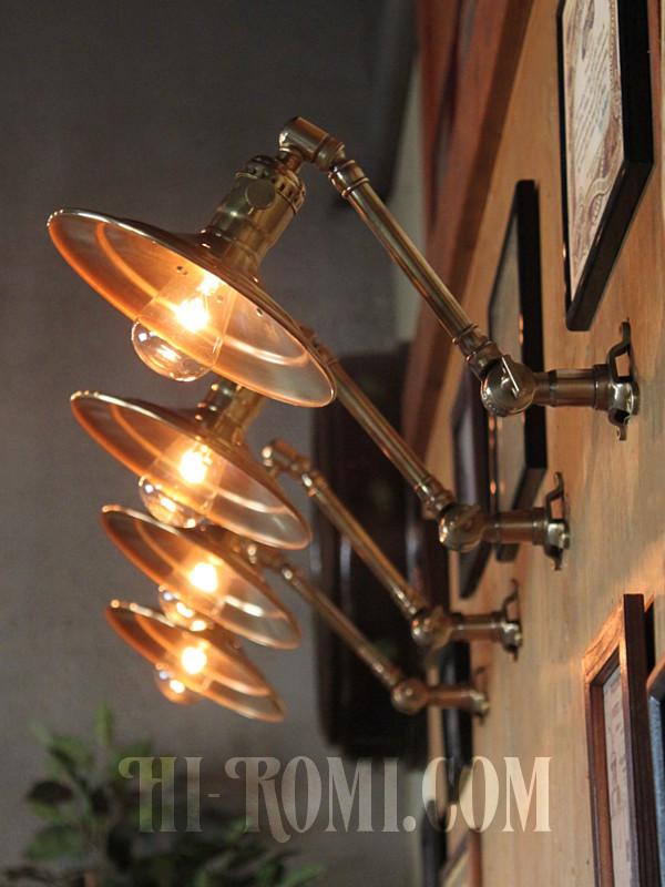 USAヴィンテージ工業系角度調整付き平型シェード真鍮ブラケットA/インダストリアル照明壁掛けランプ