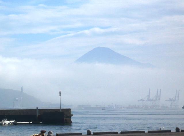 150713朝もやの富士山