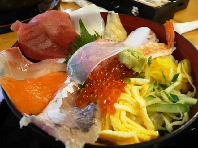 駿河湾食堂:海鮮ちらし丼2