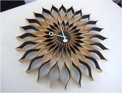 vitra clock2