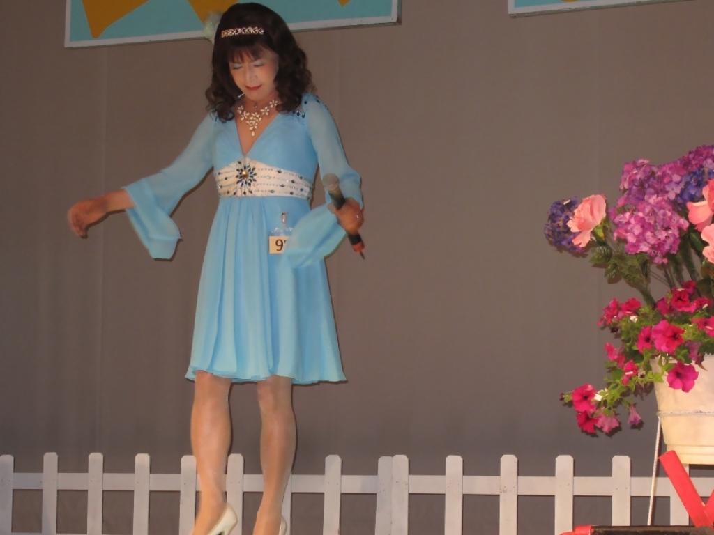 水色ショートドレスステージ(1)