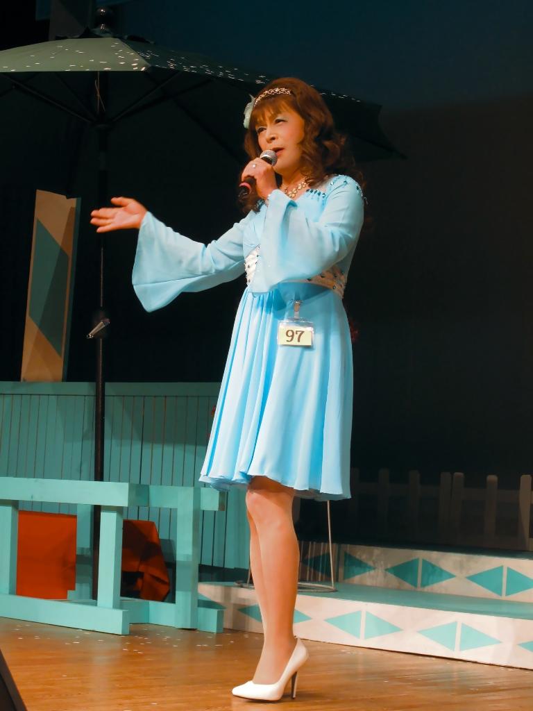 水色ショートドレスステージ(4)