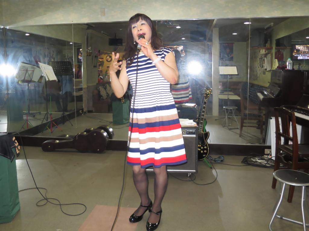 マルチボーダーワンピ歌練習(3)