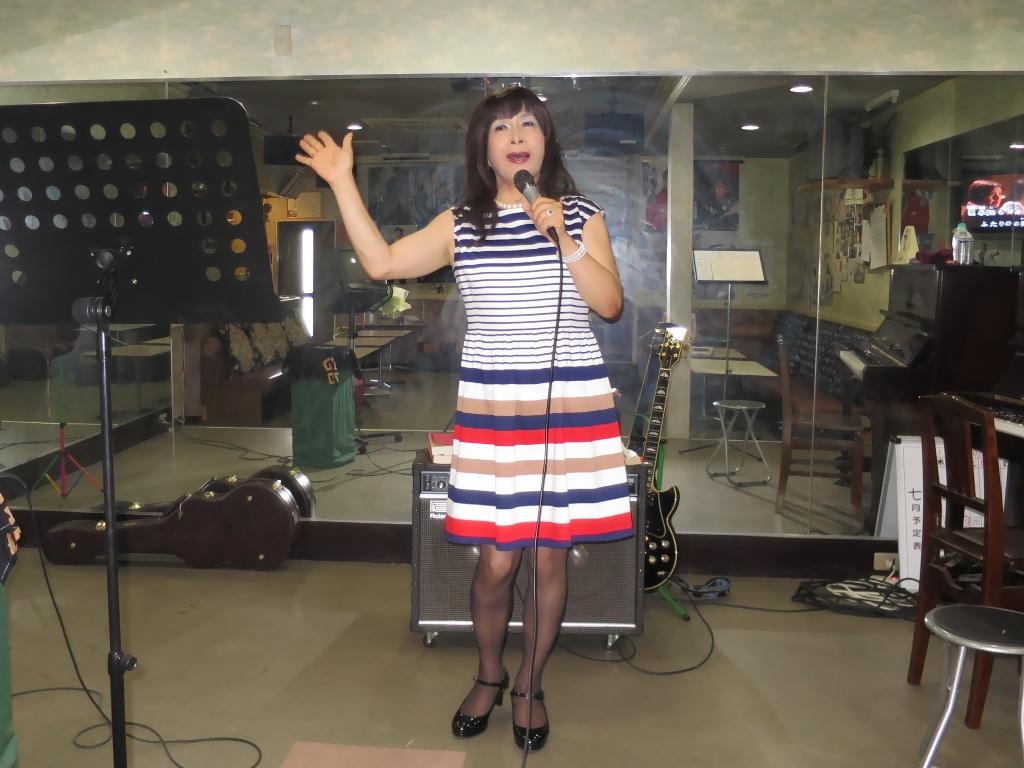 マルチボーダーワンピ歌練習(5)