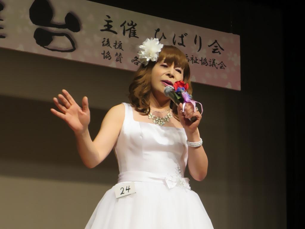白ショートドレス舞台(10)