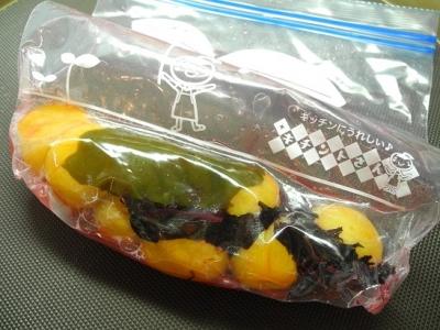 20150626梅干し漬け(ジッパービニル袋漬け)