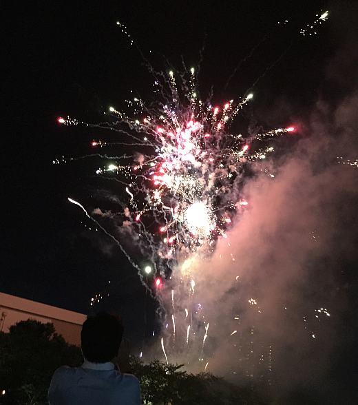 天神祭りの花火