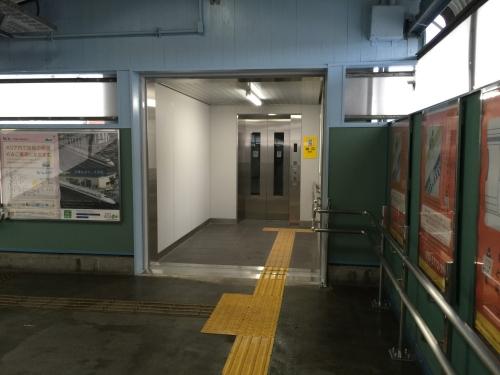 エレベーターJR四日市駅