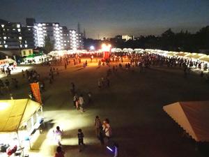 DSC01870_夜の会場1