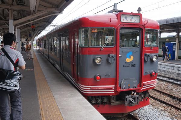 2015-08-05 しなの鉄道115系 軽井沢行き1