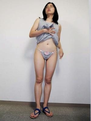 微乳素人女性 パンティ自分撮りヌード画像 1