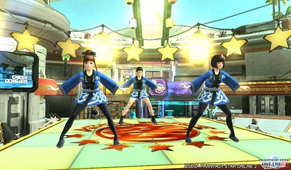 ノリノリで踊る三人