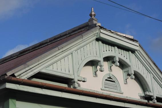 旧殿居郵便局舎.3