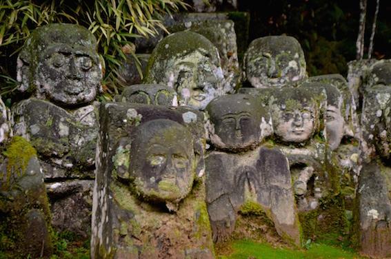 三恵寺の石仏