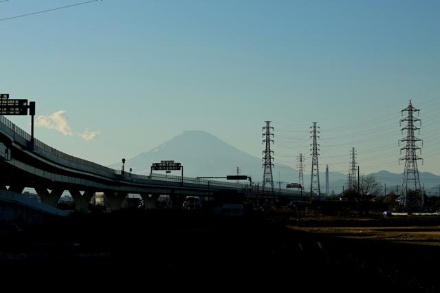 夕暮れせまる富士山