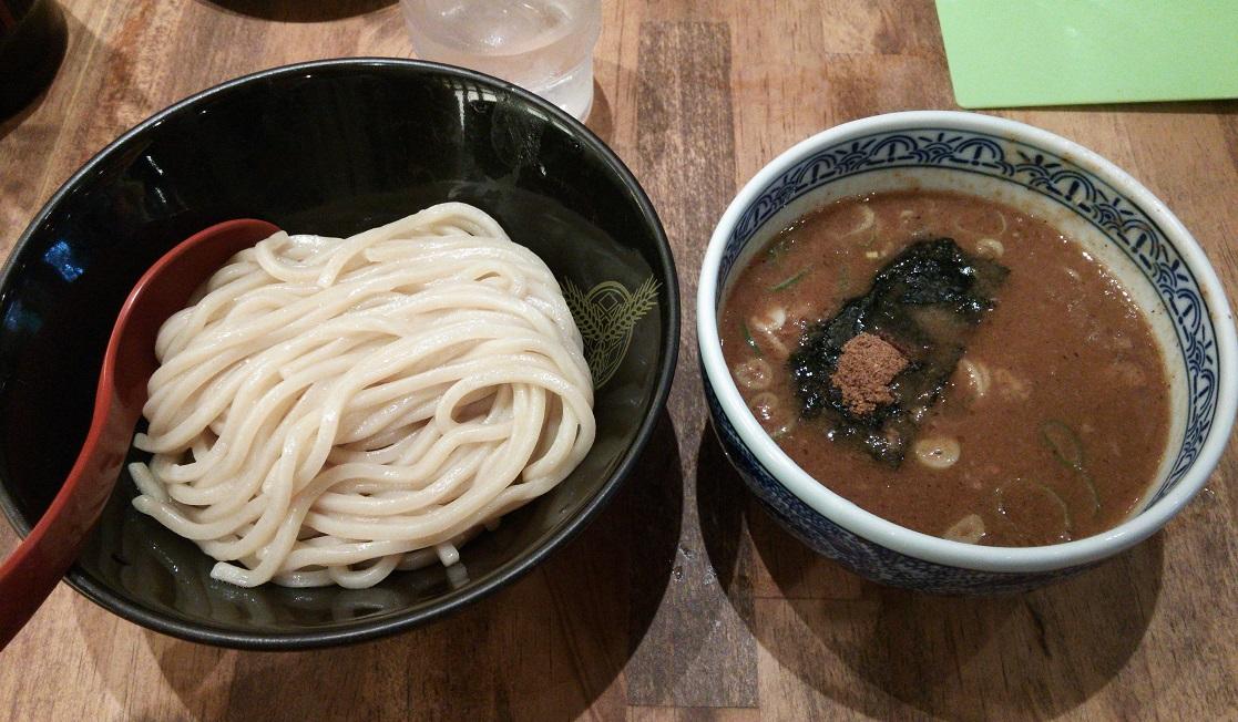 ③三田製麺所にてつけ麺