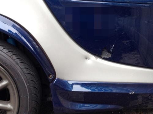 02_事故の損害ドア部分
