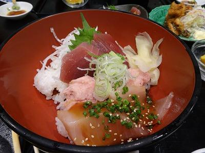 清水市の海鮮丼 2