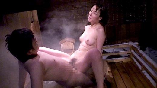 澤村レイコ(高坂保奈美)83