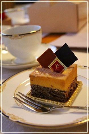 ケーキを食べたら、昼の部は一時解散~