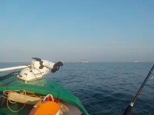 DSCN0777 5時半出航