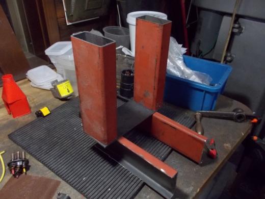 発電機の台を作成する (23)