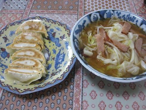 満州餃子 餃子定食