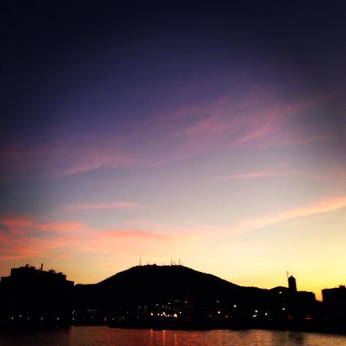 眉山と夕焼け
