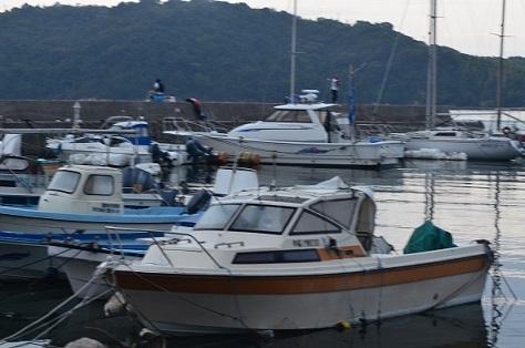 DSC_3057釣り人船