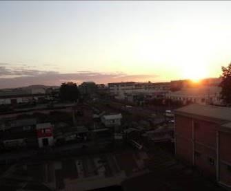 マダガスカルの町の夕暮れ