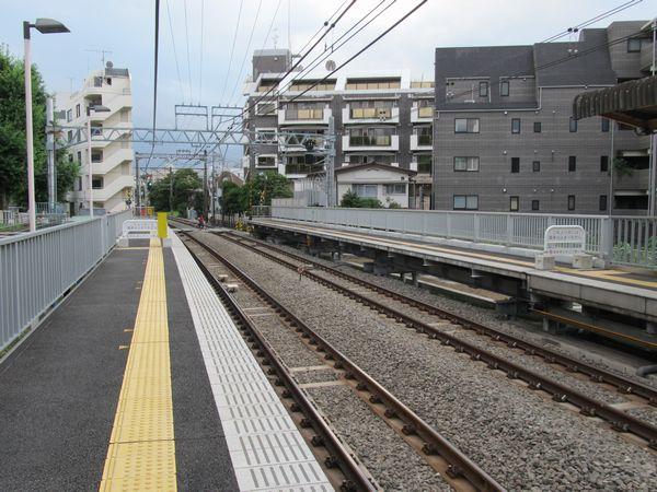 完成した参宮橋駅のホーム延長部分