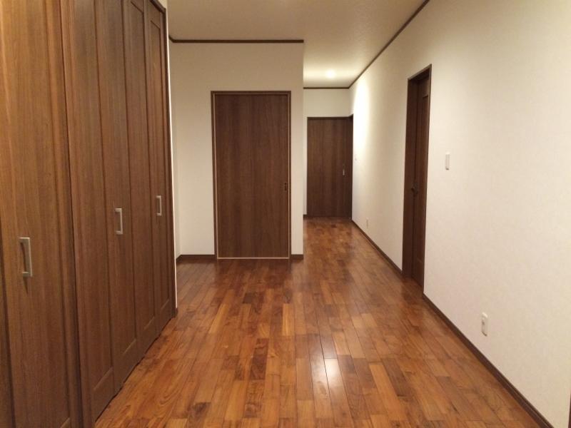 O邸改修工事完成廊下
