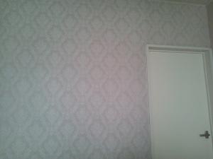 寝室の壁 (300x225)