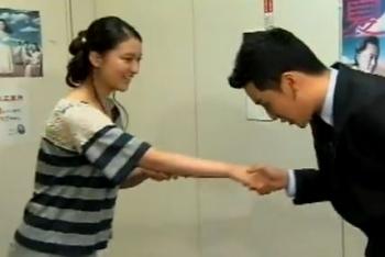sea武井 握手