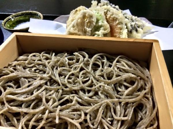 141226-野菜てんぷらせいろ2枚@そば切りまる伍