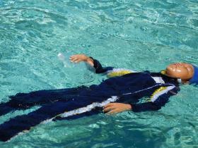 着衣泳15-5
