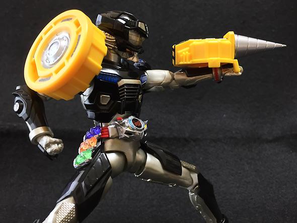 S.H.フィギュアーツ 仮面ライダードライブ タイプワイルド 約145mm PVC&ABS製 塗装済み可動フィギュア