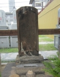 お千代半兵衛墓(銀山寺)