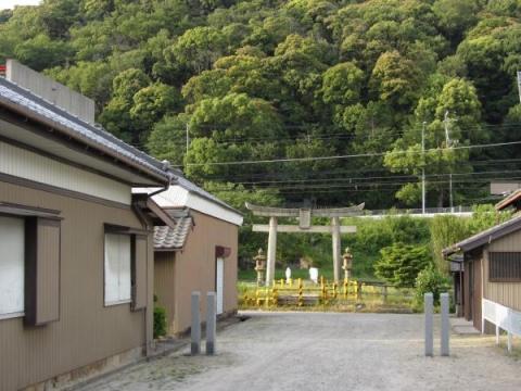 津島神社参道