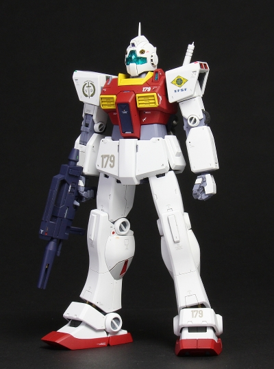 hguc-gm2-150725-02(FrontLeft1).jpg