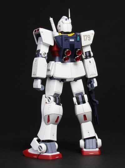 hguc-gm2-150725-04(BackLeft1).jpg
