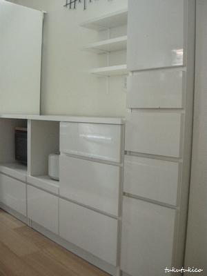 キッチンの棚2