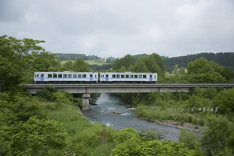 美瑛と列車
