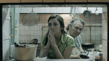 Julieta-Zylberberg-y-Rita-Cortese-en-Relatos-salvajes.jpg