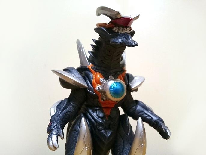 ウルトラ怪獣DX ビクトルギエル3