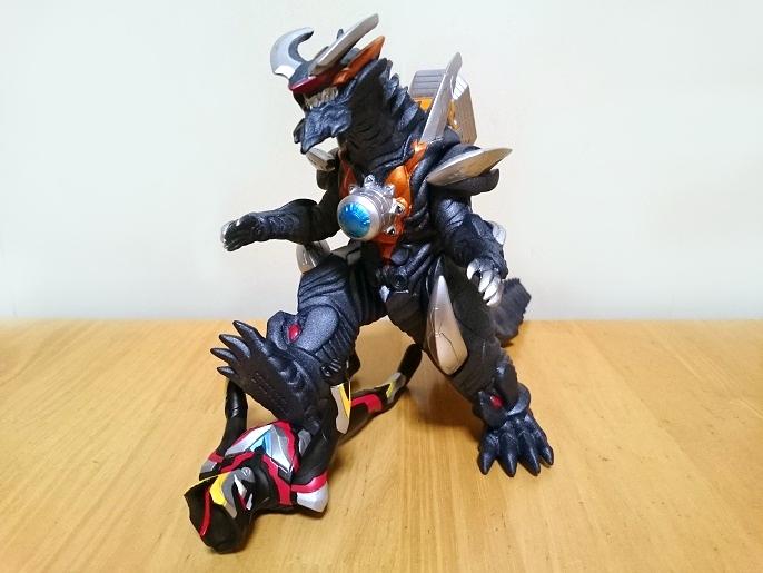 ウルトラ怪獣DX ビクトルギエル4