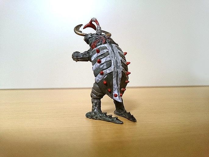 ウルトラ怪獣名鑑 ノコギリン3