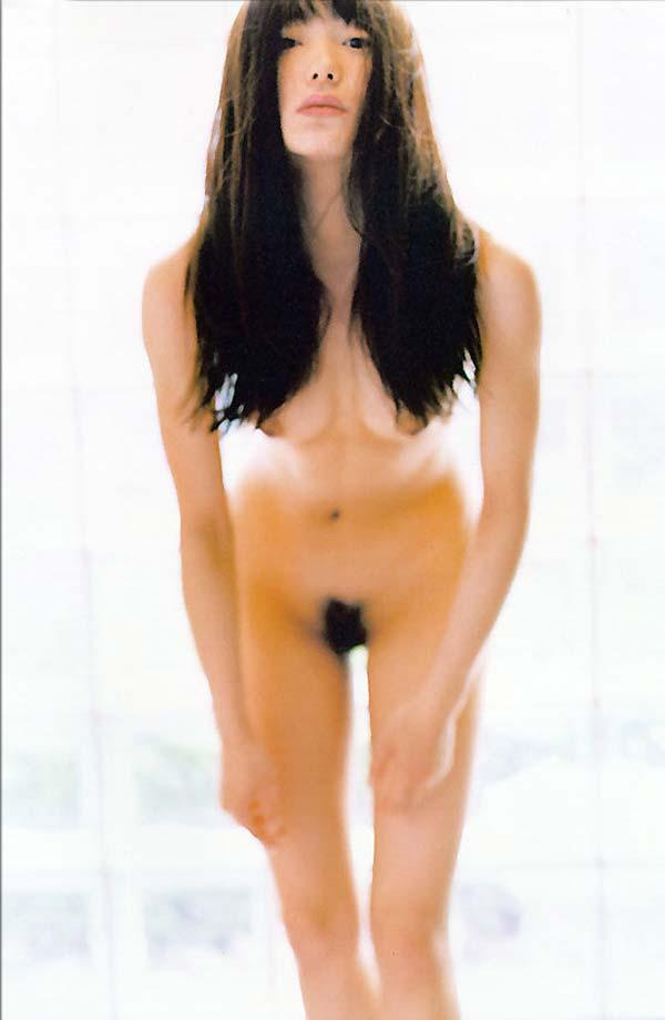 菅野美穂のヌード画像