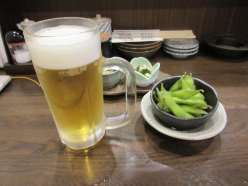 Aセットのドリンク(生ビール)1杯、小鉢