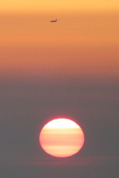 日没と飛行機